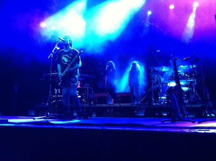 Actuación de la banda española Pink Tones en Barcelona