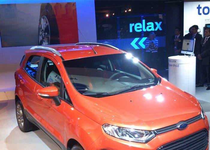 Primer coche con AppLink en Europa
