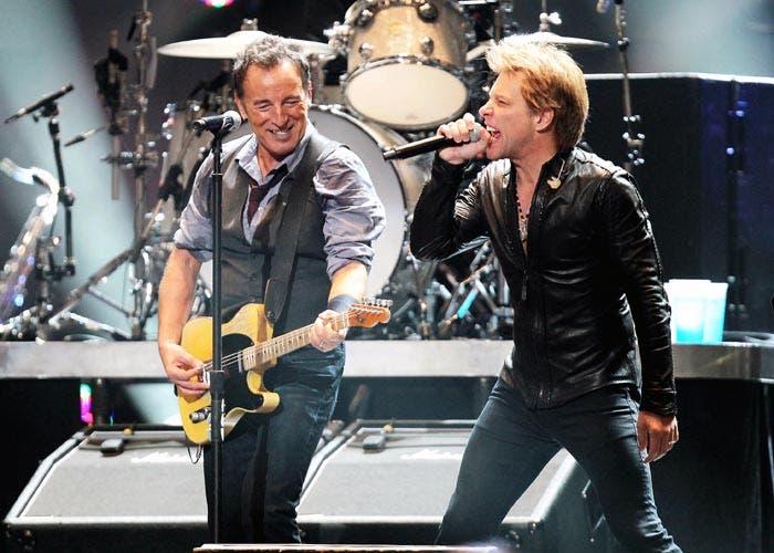 Bon Jovi gira 2013