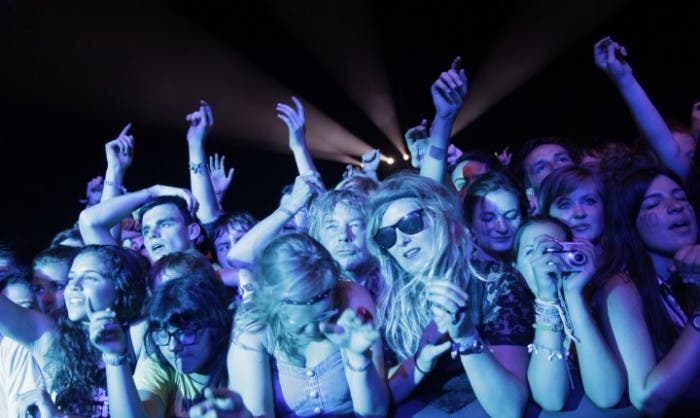 Imagen del público en Stone Roses