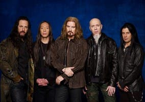 Miembros de la banda de metal progresivo Dream Theater