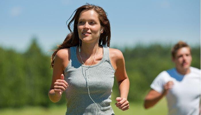 La música ayuda a seguir el ritmo y motivarte
