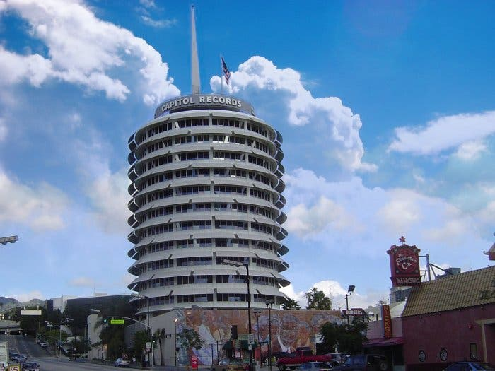 Capitol_Records_Building-002